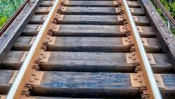 تفسير حلم قضبان القطار في المنام