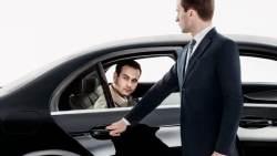 تفسير حلم رؤية السائق في المنام