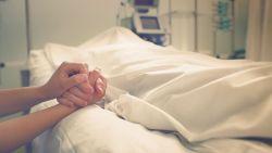 تفسير حلم موت شخص عزيز في المنام