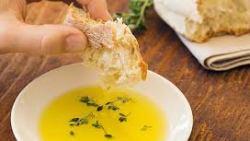 تفسير رؤية أكل الخبز مع حبة البركة في المنام