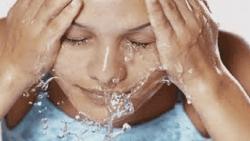 تفسير حلم غسل الوجه في المنام