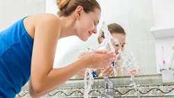 تفسير حلم غسل الوجه ثم الاغتسال والوضوء في المنام