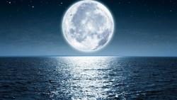 تفسير حلم القمر بدرا في المنام