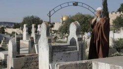 تفسير حلم زيارة القبور في المنام للرجل