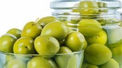 تفسير حلم أكل الزيتون الأخضر في المنام