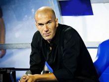 Photo of رسمياً.. ريال مدريد يُقيل رافاييل بينيتيز ويكلّف زين الدين زيدان مدربا جديدا