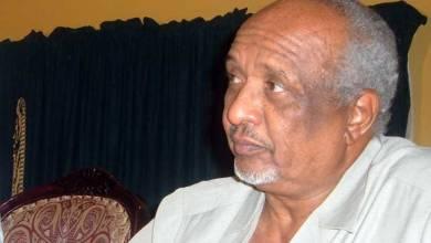 Photo of بروفسير الطيب زين العابدين : الحكومة لن تصمد خمس سنوات