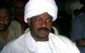 Photo of والي شرق دارفور: (أي زول بعمل خميرة عكننة بسجنو)