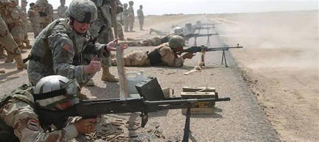 جنود تدريبات عسكرية