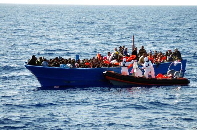 مهاجرين - هجرة - قارب - قوارب