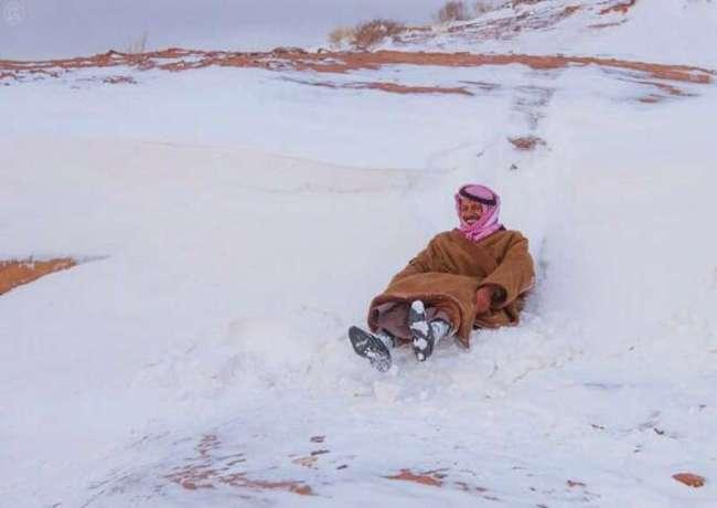 تساقط الثلج في السعودية