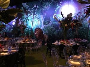 حدث في حفل زفاف لبناني: حيوانات ضخمة في القاعة