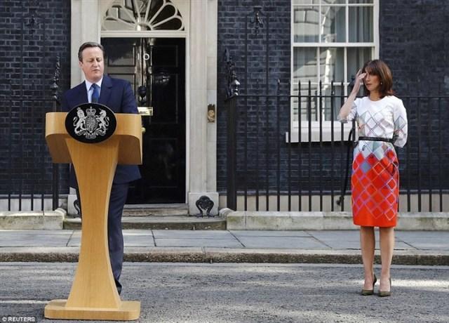 دموع زوجة «كاميرون» بعد إعلان خروج بريطانيا من الاتحاد الأوروبي2