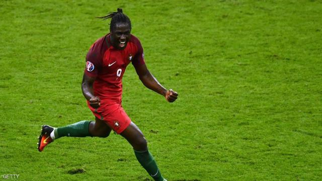 PARIS, FRANCE - JULY 10:  Eder of Portugal celebrates scoring the opening goal during the UEFA EURO 2016 Final match between Portugal and France at Stade de France on July 10, 2016 in Paris, France.  (Photo by Dan Mullan/Getty Images)