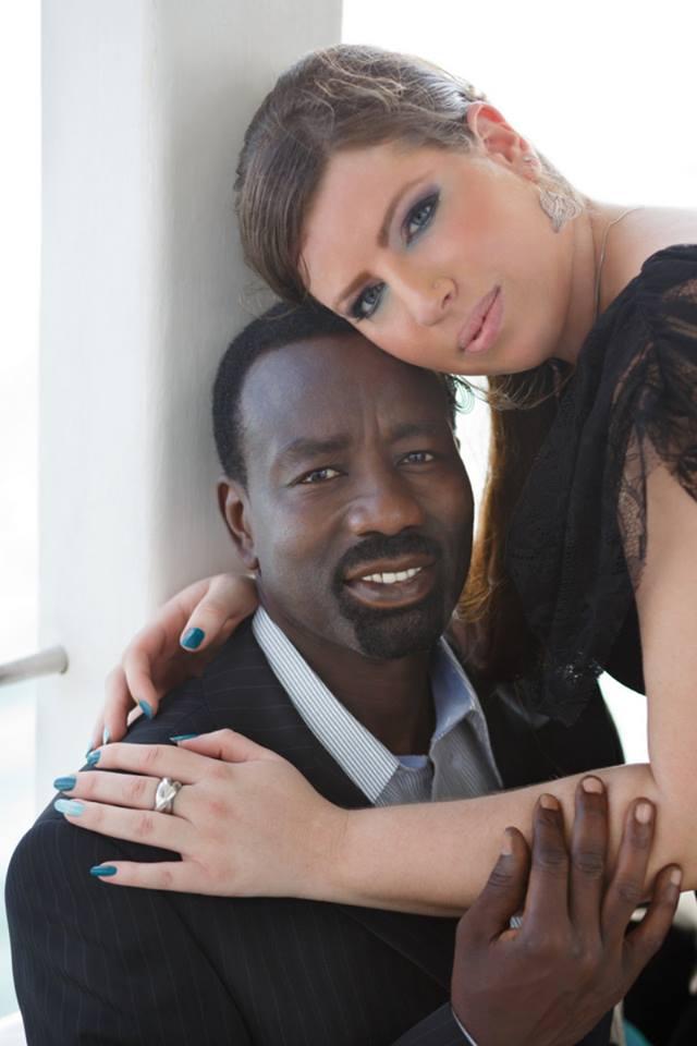 بالصور: لاجئ من دارفور يتزوج إسرائيلية ورئيس الوزراء الاسرائيلي ليس مستغربا