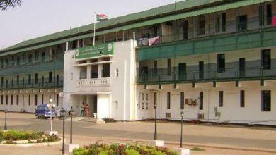 Photo of الحكومة: صُعوبات عملية في تعيين الولاة المدنيين