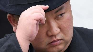 Photo of زعيم كوريا الشمالية يأمر بإغلاق مدينة كايسونج: الفيروس الشرير دخل إلى البلاد