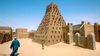 Photo of تمبكتو تشمل ثلاثة مساجد ومقابر و16 ضريح وتعكس تراثها كمركز للتعليم الإسلامي في أفريقيا- مالي