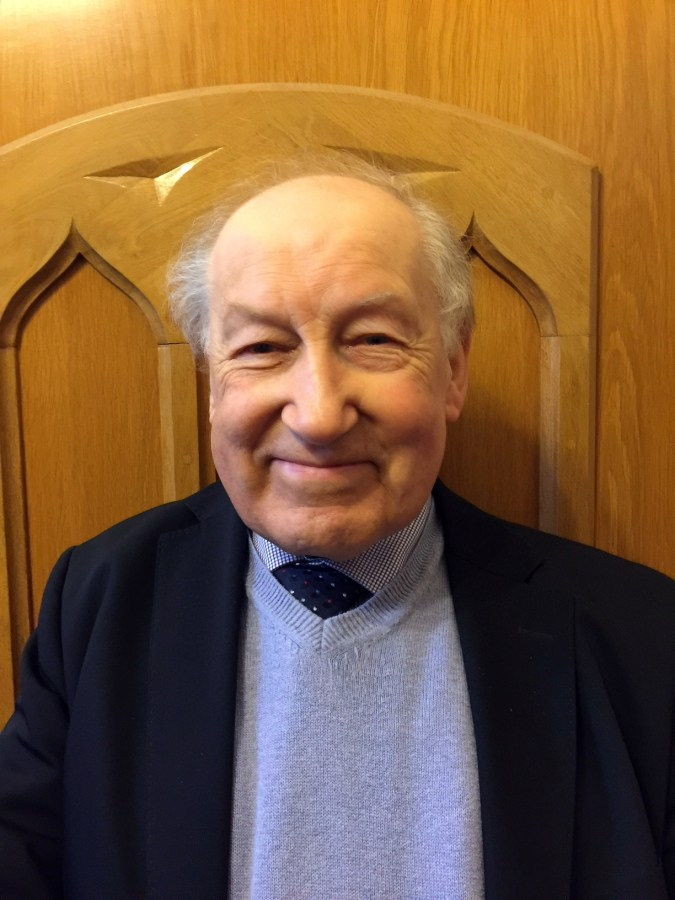 Photograph of Alan Hodgson