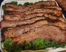 Catering 1lb of Sliced Brisket Retouched