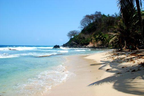 Strand eines deutschen Resorts nahe El Aguacate bei Capurgana.