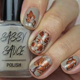 Glossy Nail Art