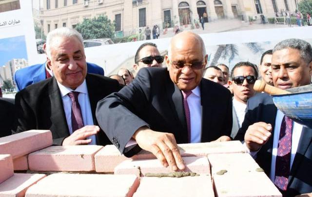 رئيس النواب يشارك في وضع حجر أساس أكاديمية المحامين