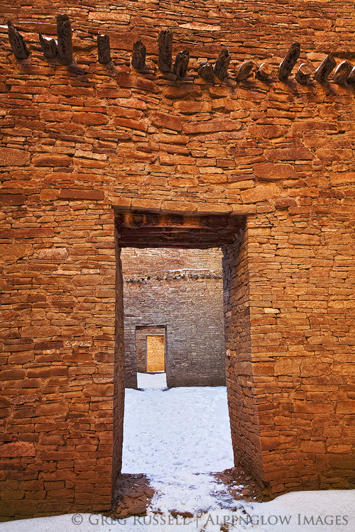 southwest living rooms wall decoration room ideas pueblo bonito, chaco canyon   alpenglow images