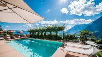 Ferienwohnungen Schenna mit Pool | Haus Artus oberhalb von ...