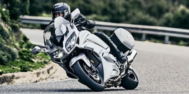 2016-Yamaha-FJR1300AE-EU