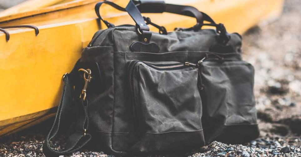 Filson 48-Hour Tin Cloth Weekender Bag for Men