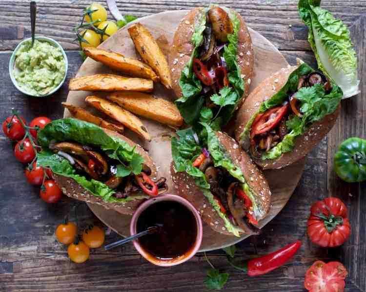 vegan bbq mushroom buns