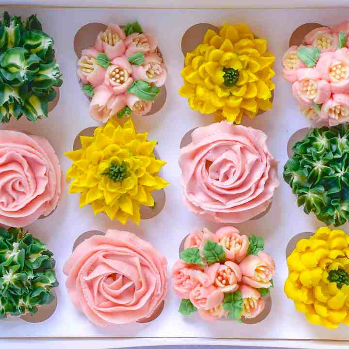 Piped Floral Cupcakes Alphafoodie