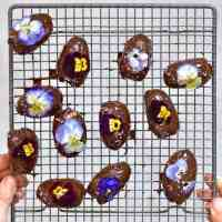 4-Ingredient Stuffed Dates: with home-made almond butter & Chocolate