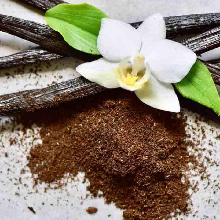 DIY: How to make Vanilla Powder