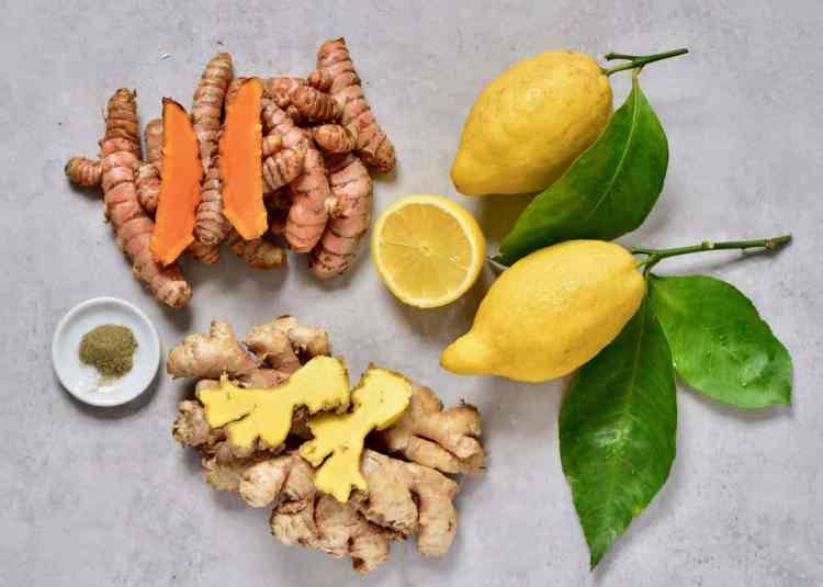 ingredients for this 4 ingredient, 10 minute ginger turmeric immune-boosting energy shots.