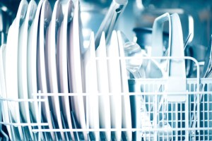 4 Common Myths About Dishwashers