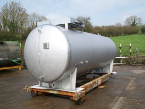 Stainless-steel-double-skinned-tank- Complete-alpha-tanks