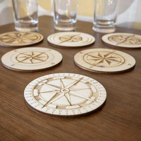rose des vents voyage sous bocs verres tasses steampunk retro traditionnel compas