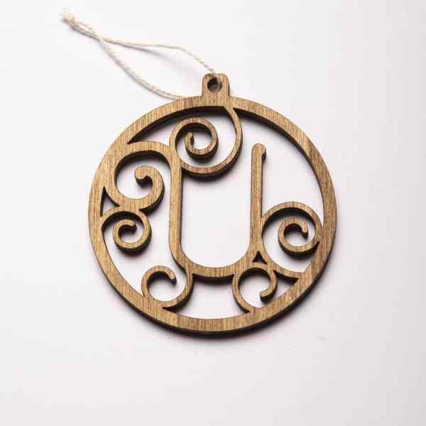 boule de noël idée cadeau en bois artisanal lettre alphabet personnalisé made in france