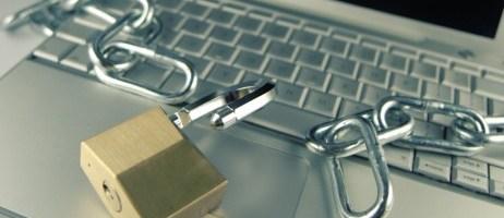 Cómo proteger físicamente el hardware de su empresa