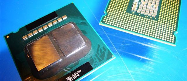 Intel revenue surge gives PC market a lift