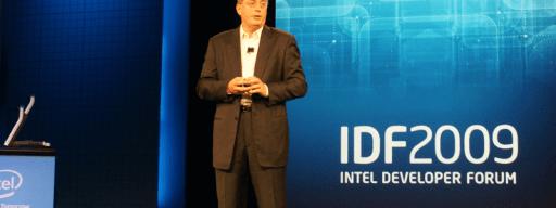 Intel CEO Paul Otellini announces the company's successful development of 22nm CPU technology