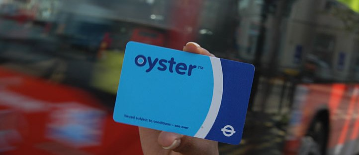 Oyster card system crashes again