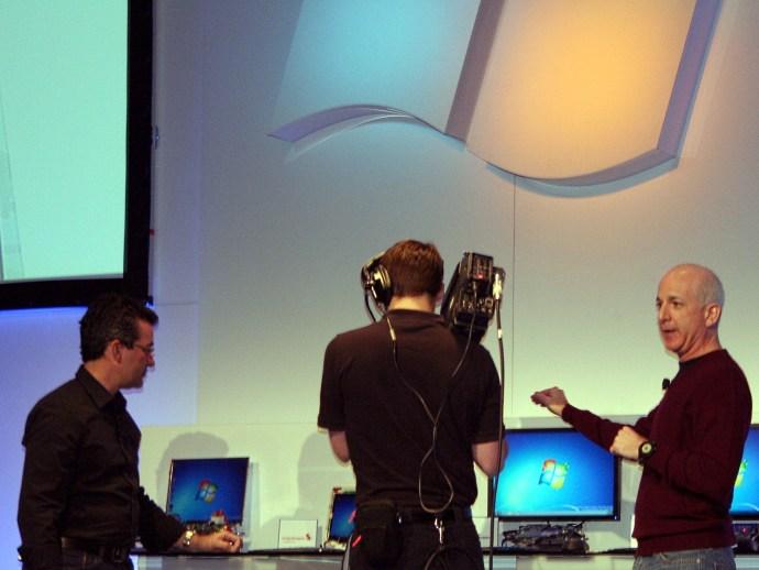Steven Sinofsky demostrates Windows on ARM