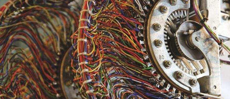 How volunteers rebuilt World War II computers