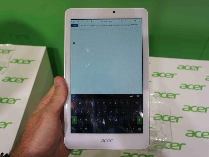 Acer Tab 8W review portrait
