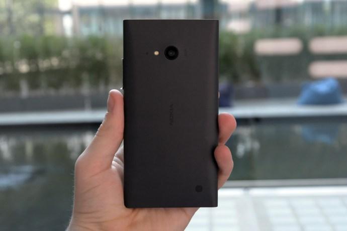 Nokia Lumia 735/730 Dual SIM: first look