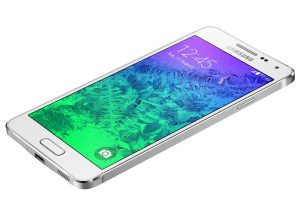 Samsung Galaxy Alpha review: spare