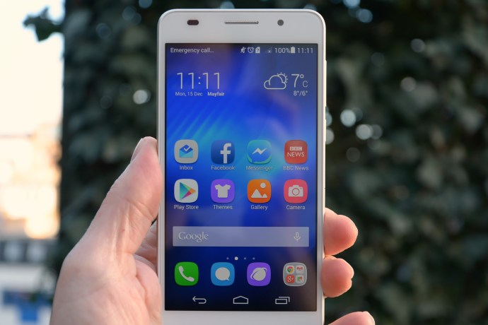 Huawei Honor 6 review - from the front